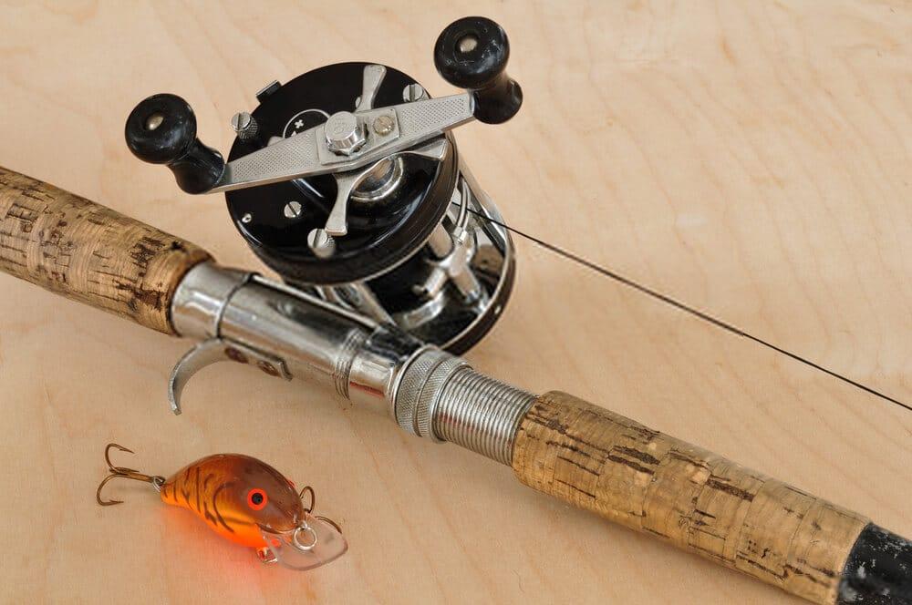 Baitcasting fishing rod